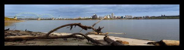 Panorama of Memphis from Arkansas with Driftwood
