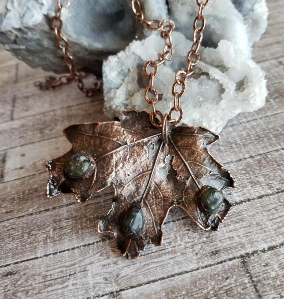 Real Fallen Large Maple Leaf in Copper Electroformed with Labradorite Gems on Chunky Chain