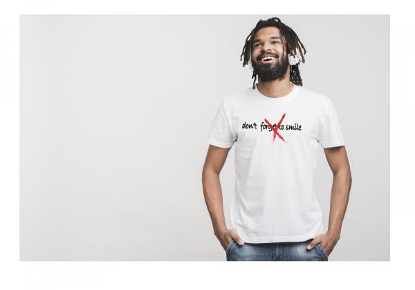 Don't Forget to Smile Men's T-Shirt