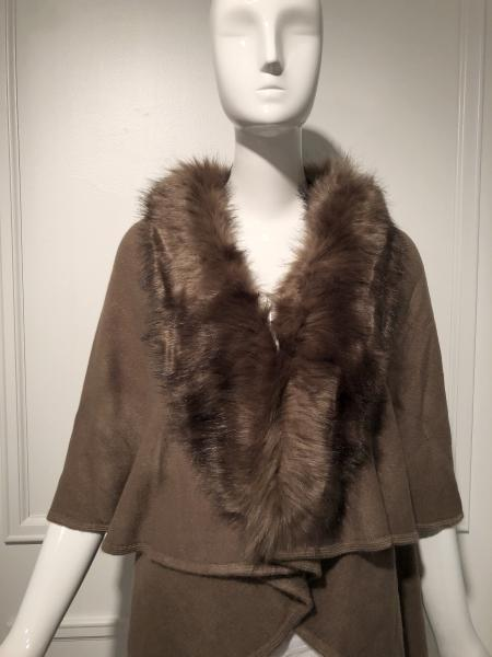 Faux Fur wrap,cape | Luxurious straight cut faux fur collar | Step out in style!