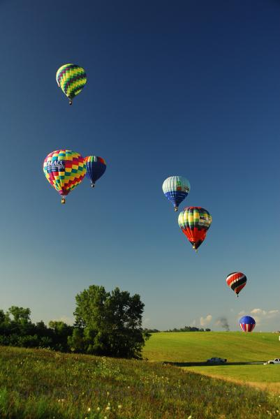 'Indianola Balloon Classic' - matted print