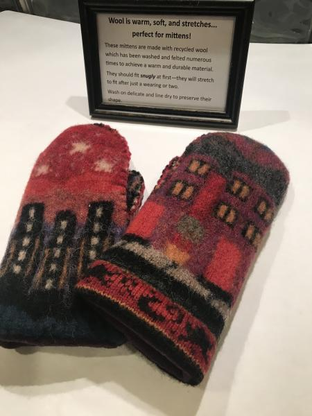 City Scene Felted Mittens - Plum Fleece Lining