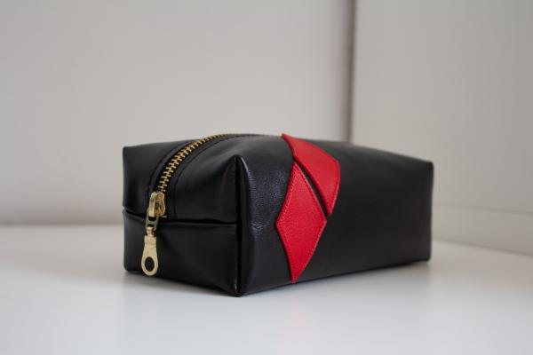 "Handmade leather bag/pouch (""carreaux"")"