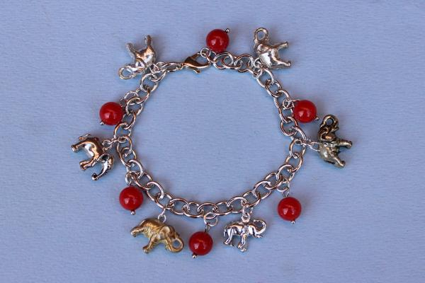 B341 Republican Elephant & Red Beads