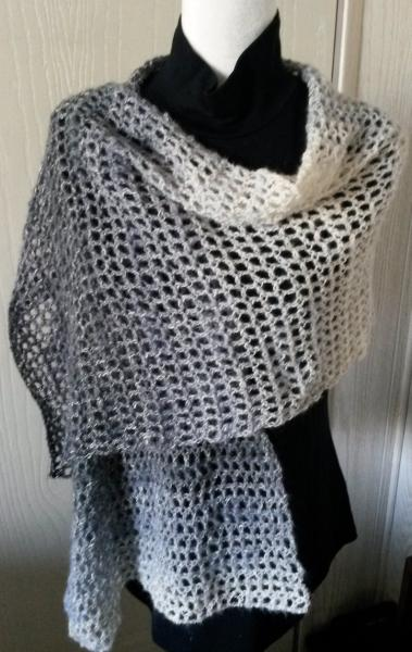 Black Blend Mesh Shawl picture