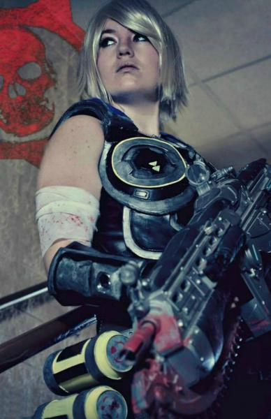 Anya Stroud Gears of War 11x17 Signed Cosplay Print