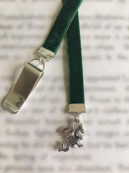 Dragon bookmark / Khaleesi Bookmark / GOT Bookmark  - Clip to book cover then mark page with ribbon