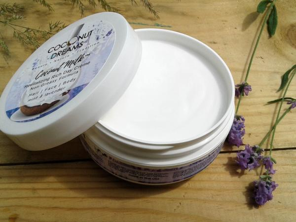 Coconut Milk Revitalizing Rich Day Creme (Mint & Lavender) 4 Oz
