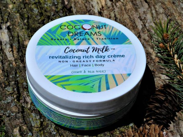Coconut Milk (Mint & Tea Tree) Revitalizing Rich Day Creme/ 4 Oz