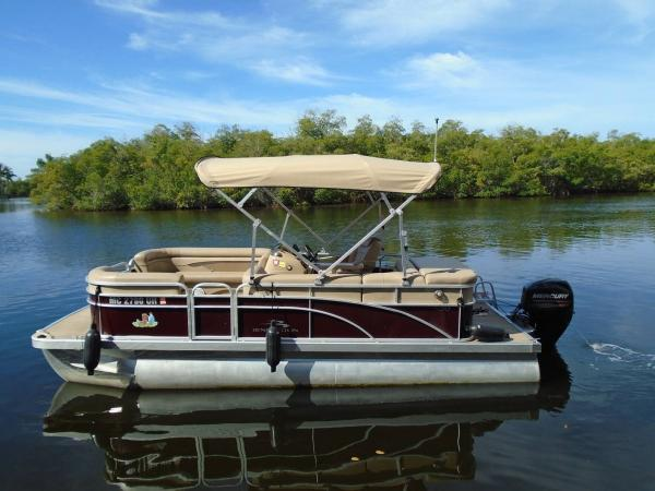 Boat 3- 22' Bennington Pontoon