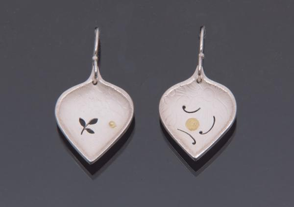 Small Leaf Earrings with or without Diamonds