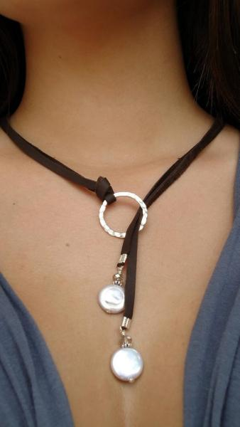 Leather and Sterling silver Necklace, Leather and coin pearls leather lariat, Classic chic