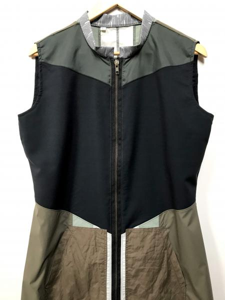 Sleeveless Cloak | LARGE picture