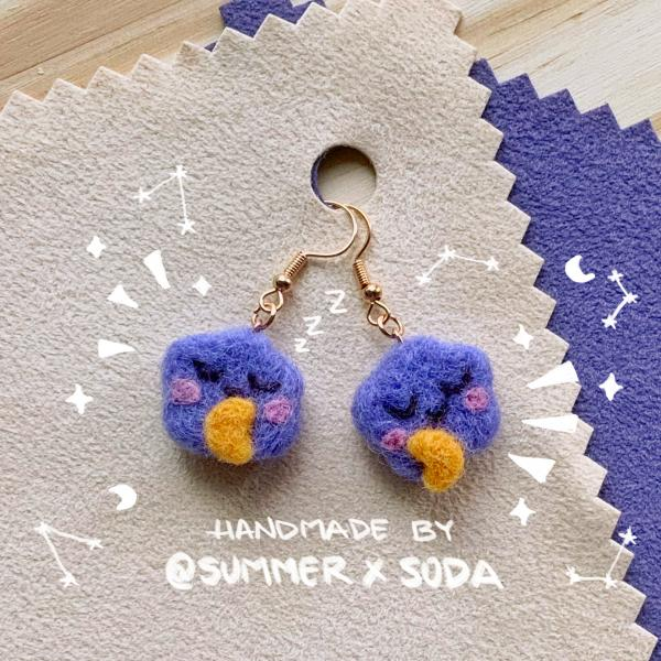 Sleepy Clouds earrings