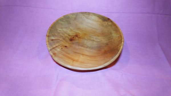 Round willow wooden bowl