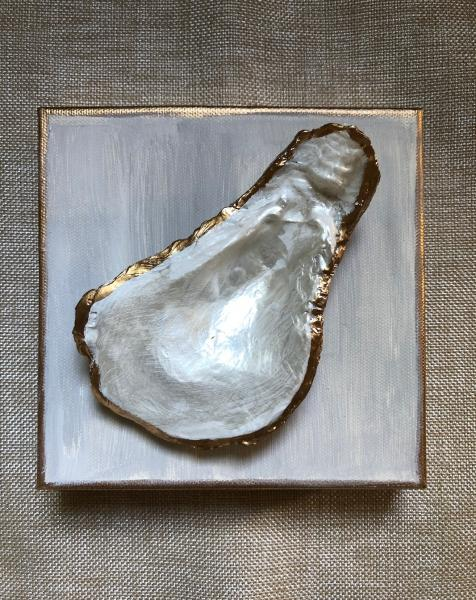 Oyster on Canvas - Pearl/Gold