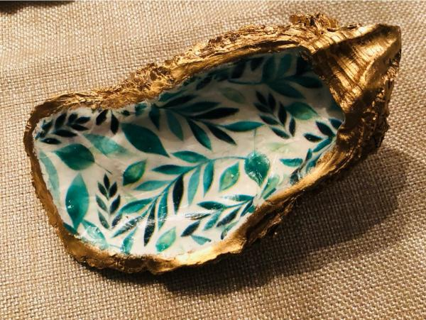 Oyster Trinket Dish - Green Leaf