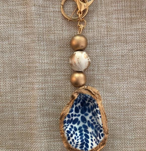 Beaded Oyster Keychain - Blue/White Dot picture